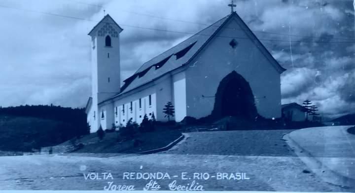 Igreja Santa Cecília, em Volta Redonda